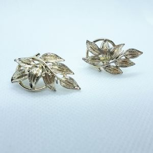 Vintage Coro clip on earrings
